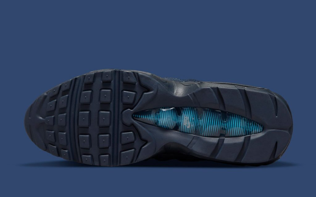 nike-air-max-95-navy-suede-do6704-400-release-date-6