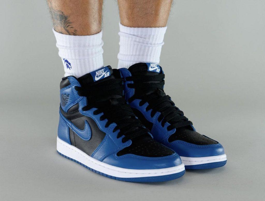 Air-Jordan-1-Dark-Marina-Blue-555088-404-Release-Date-On-Feet-10