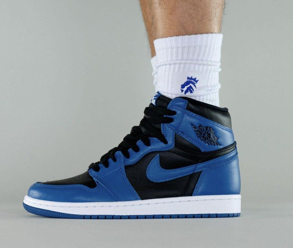 Air-Jordan-1-Dark-Marina-Blue-555088-404-Release-Date-On-Feet-2-1