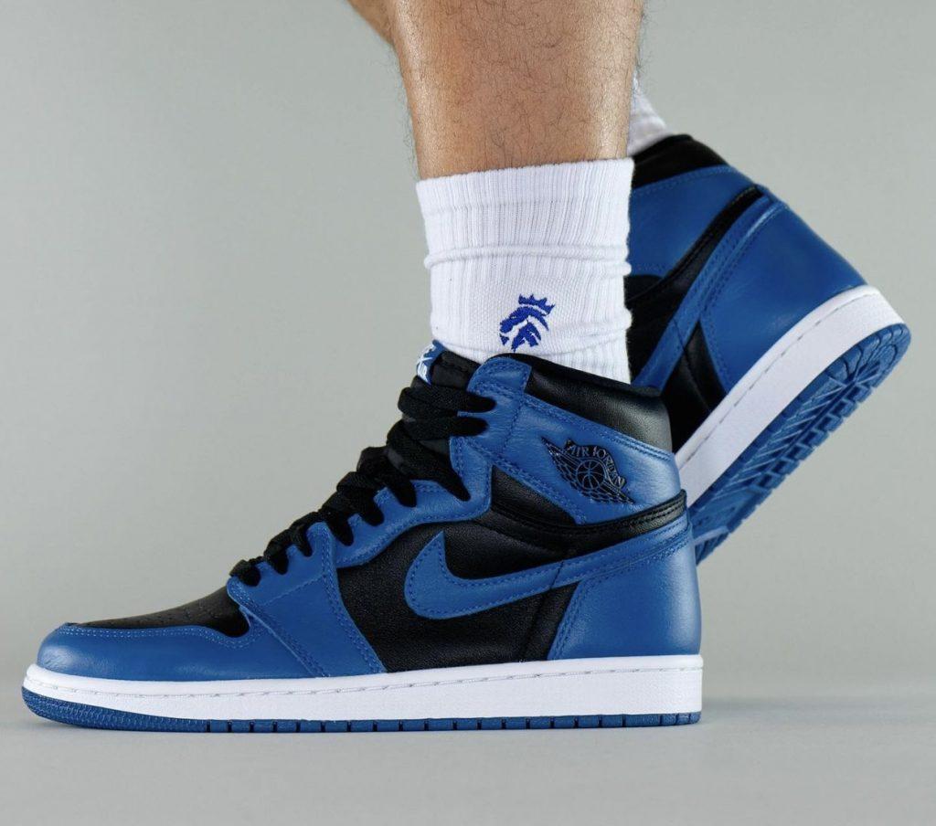 Air-Jordan-1-Dark-Marina-Blue-555088-404-Release-Date-On-Feet-5-1