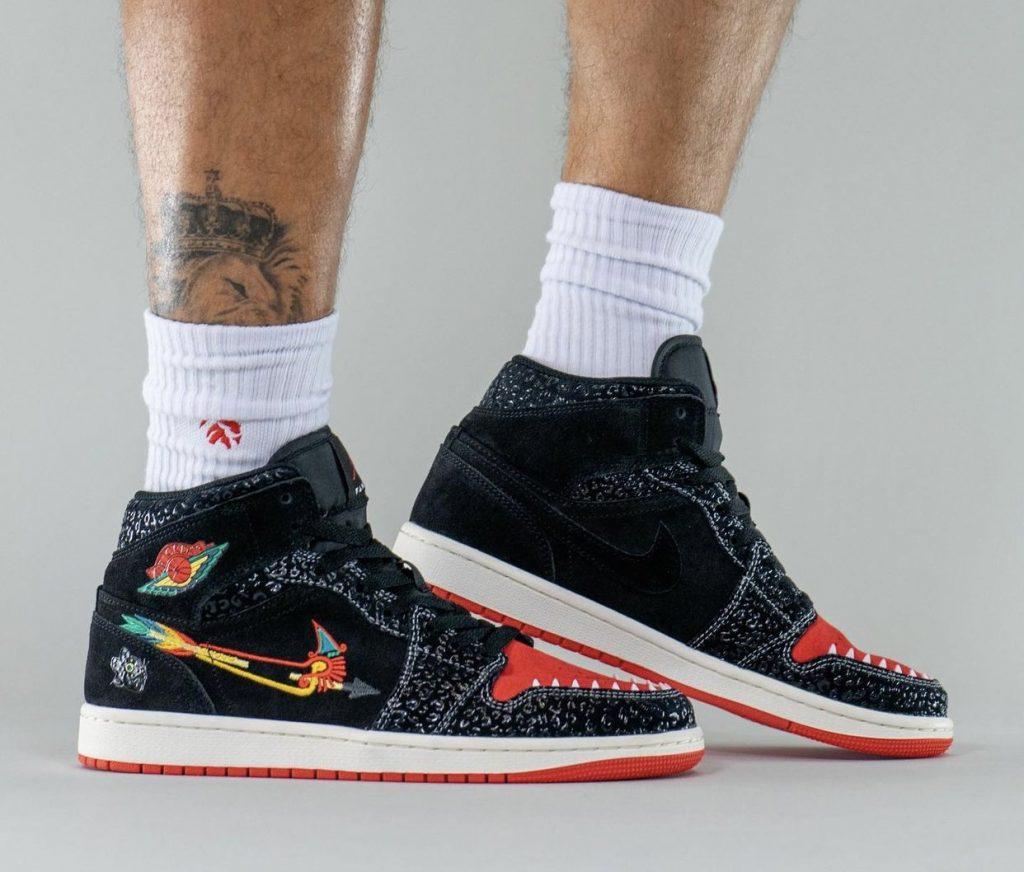 Air-Jordan-1-Mid-Siempre-Familia-2021-DN4904-001-Release-Date-On-Feet-4