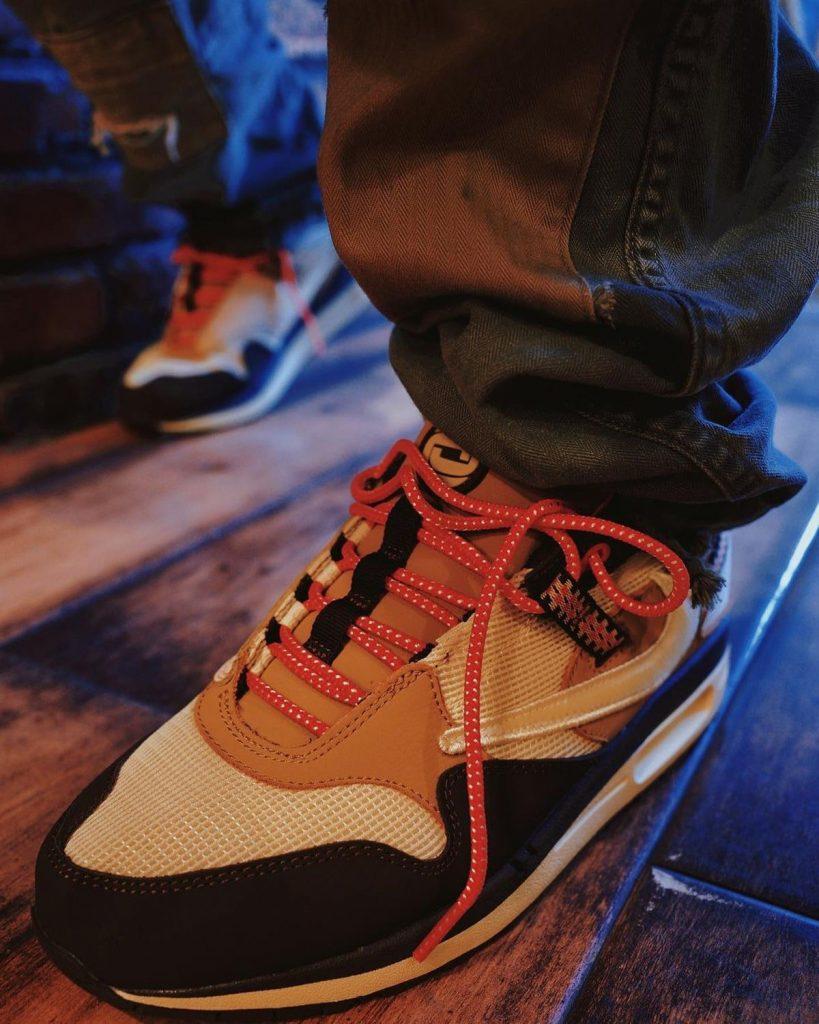 Travis-Scott-Nike-Air-Max-1-Baroque-Brown-On-Feet-3