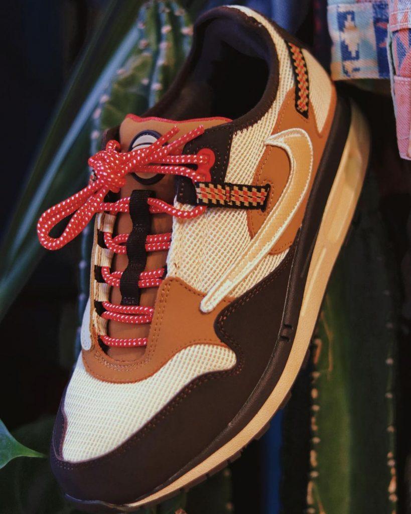 Travis-Scott-Nike-Air-Max-1-Baroque-Brown-On-Feet-6