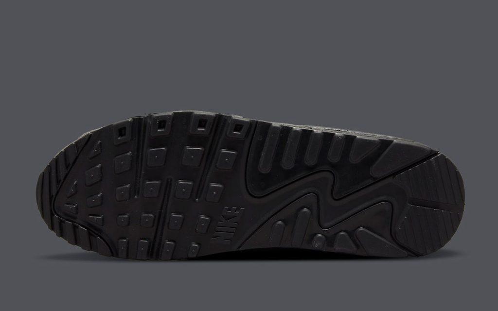 nike-air-max-90-do6706-002-grey-black-laser-blue-release-date-6-1024x640