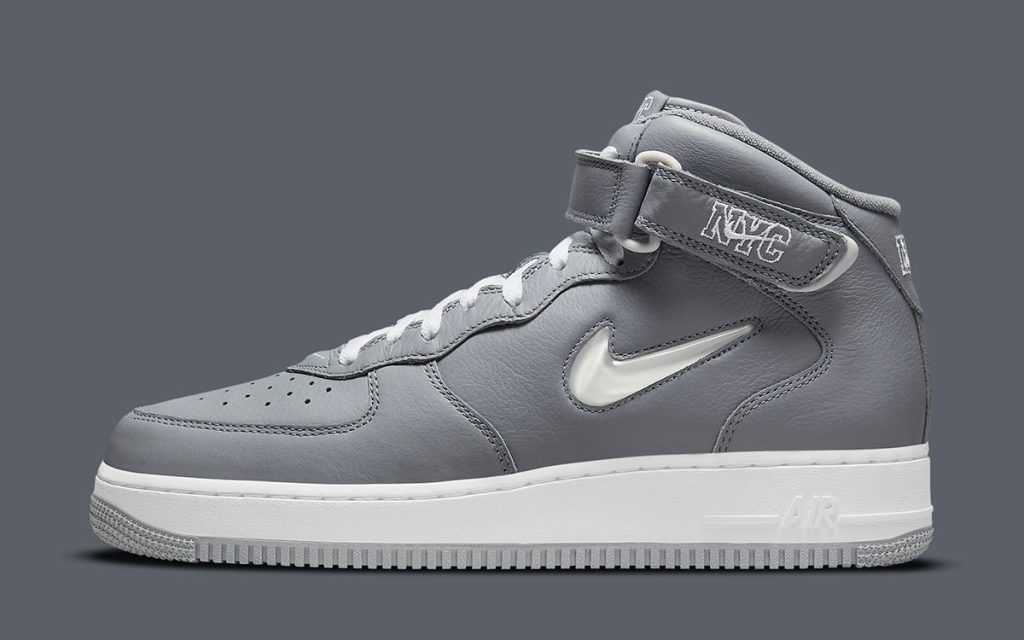 nyc-nike-air-force-1-mid-concrete-jungle-dh5622-001-release-date-2