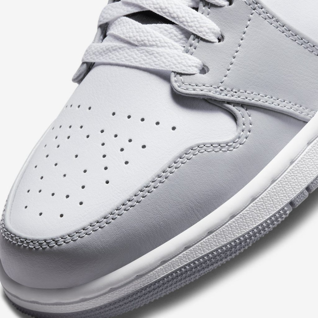 Air-Jordan-1-Mid-Light-Smoke-Grey-554724-078-Release-Date-6