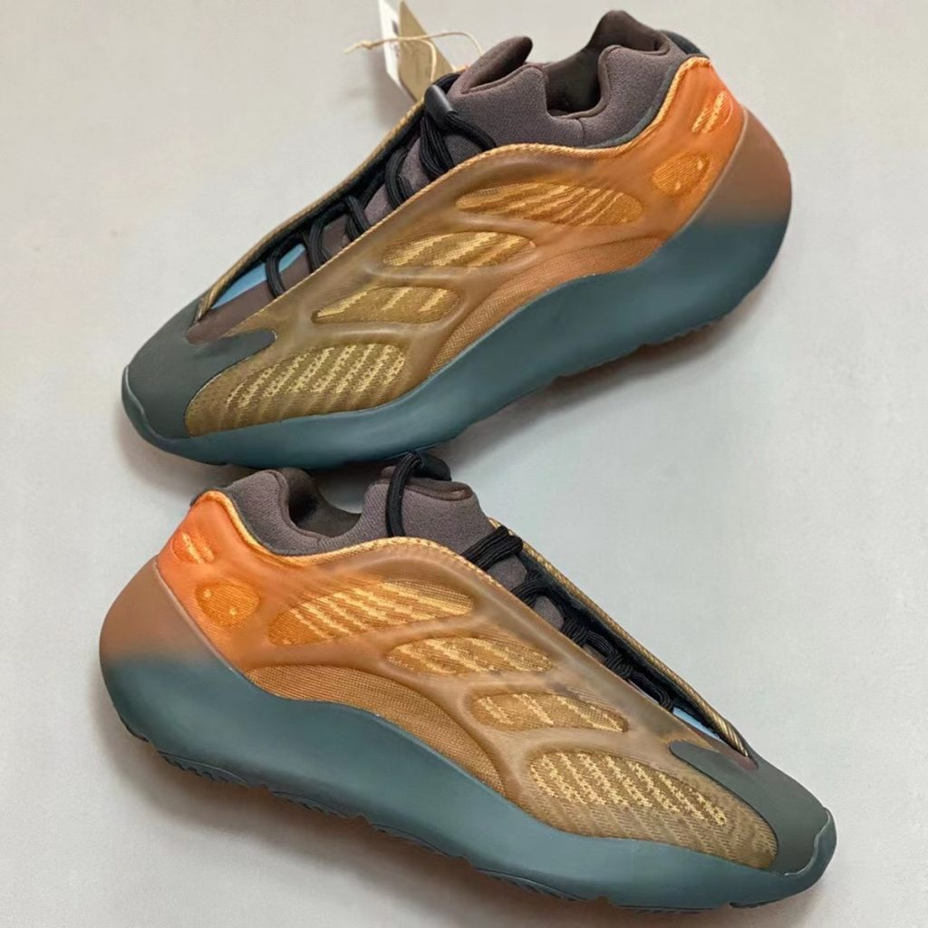 adidas-yeezy-700-v3-copper-fade-release-date-2-1-1024x1024