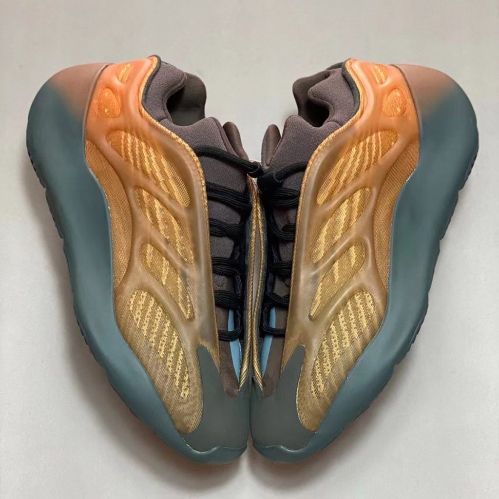adidas-yeezy-700-v3-copper-fade-release-date-3-1-1024x1024