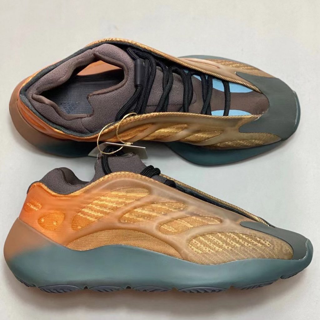 adidas-yeezy-700-v3-copper-fade-release-date-4-1-1024x1024