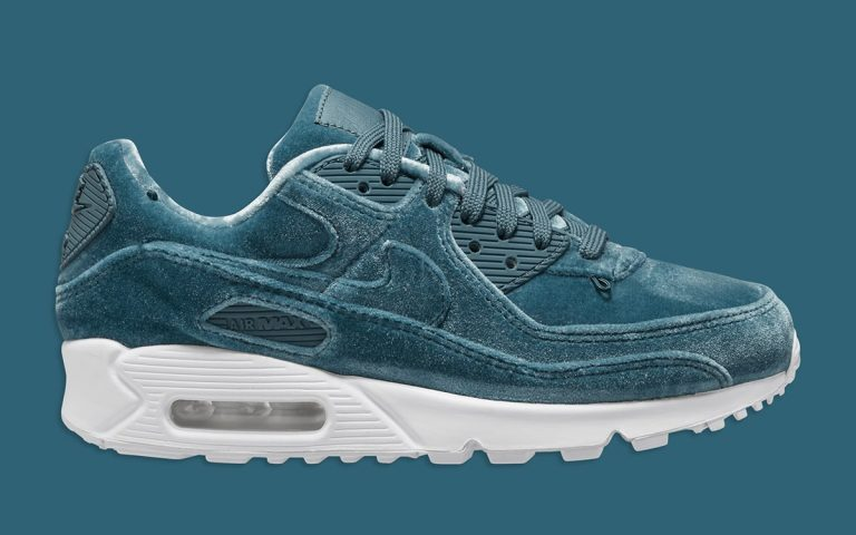 nike-air-max-90-lucky-charms-ash-green-do2194-001-release-date-1