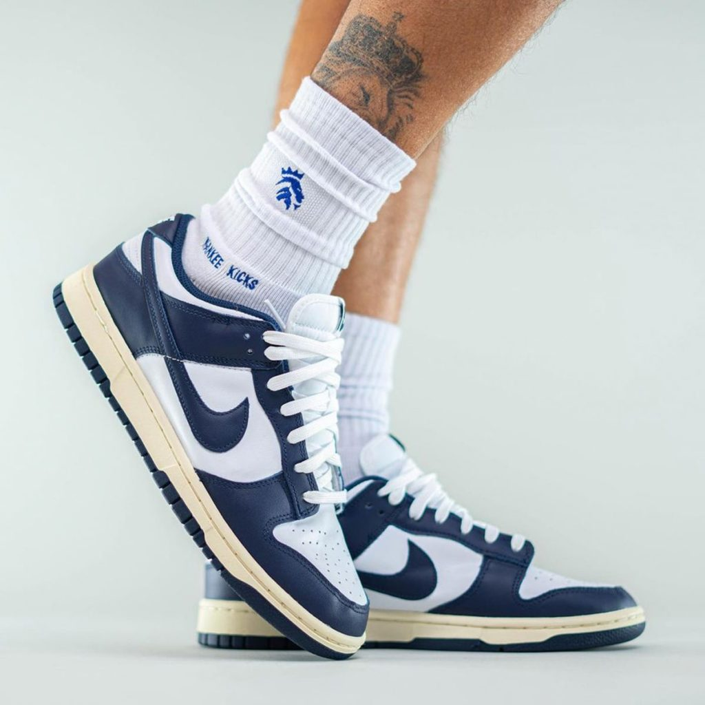 nike-dunk-low-aged-navy-release-date-2-1