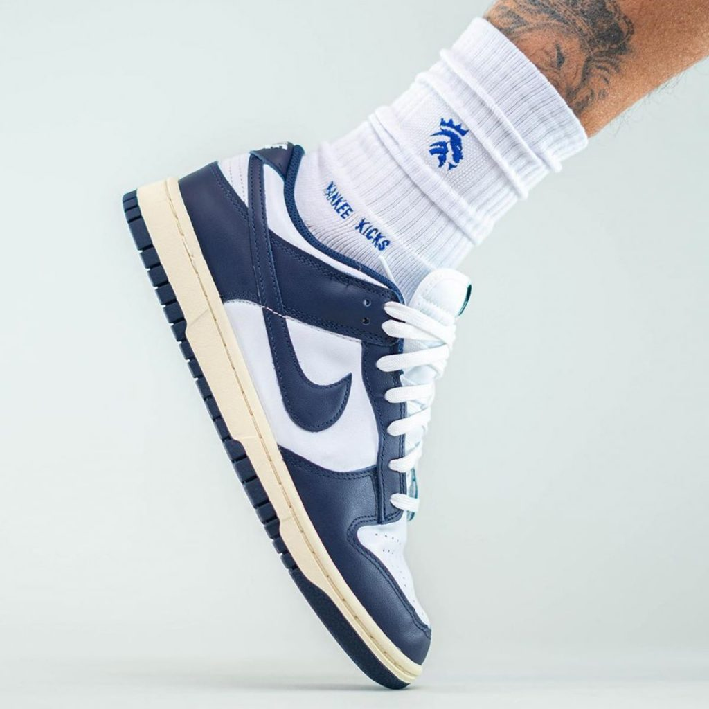 nike-dunk-low-aged-navy-release-date-4-1-1024x1024