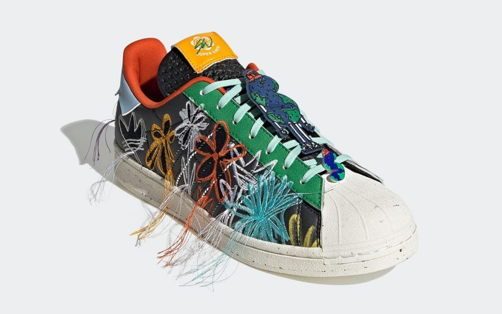 sean-wotherspoon-adidas-superstar-super-earth-black-gx3823-release-date-3-1024x640