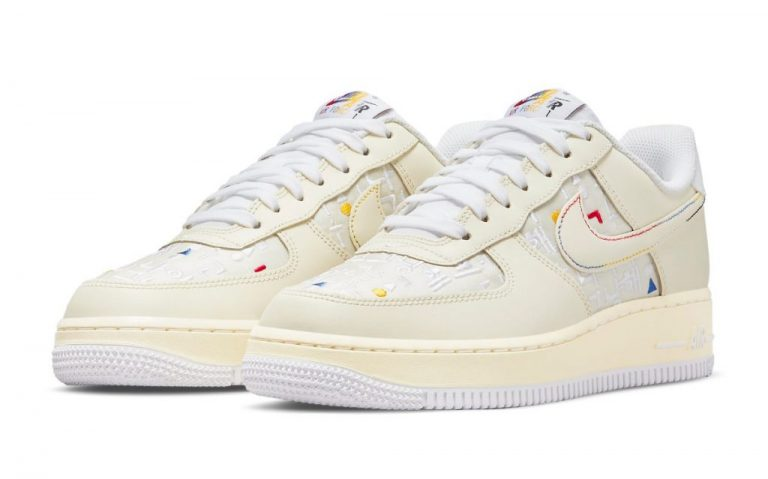 womens-nike-air-force-1-low-hangeul-day-sail-do2701-715-1-1024x639